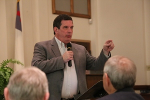 Thom Rainer addresses @BhamBaptists Ministers Conference on May 18. (Photo by Maggie Walsh, TAB)